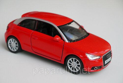 Машинка Kinsmart Audi