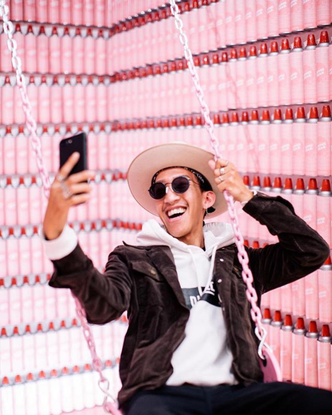 Art for Instagram – Two exhibitions for all the fans of selfies and Instagram!