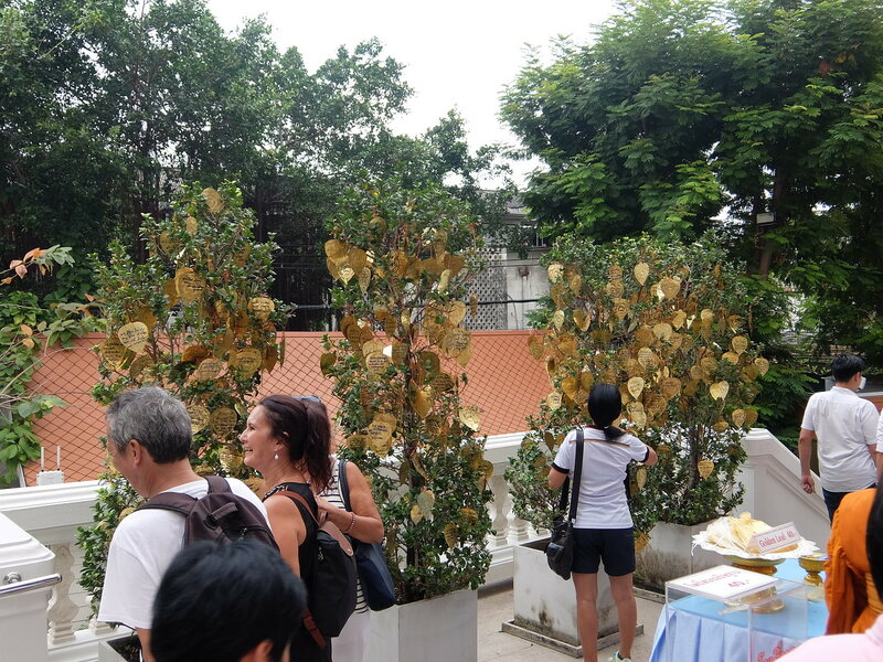 Бангкок - Золотые листья на Золотой Горе