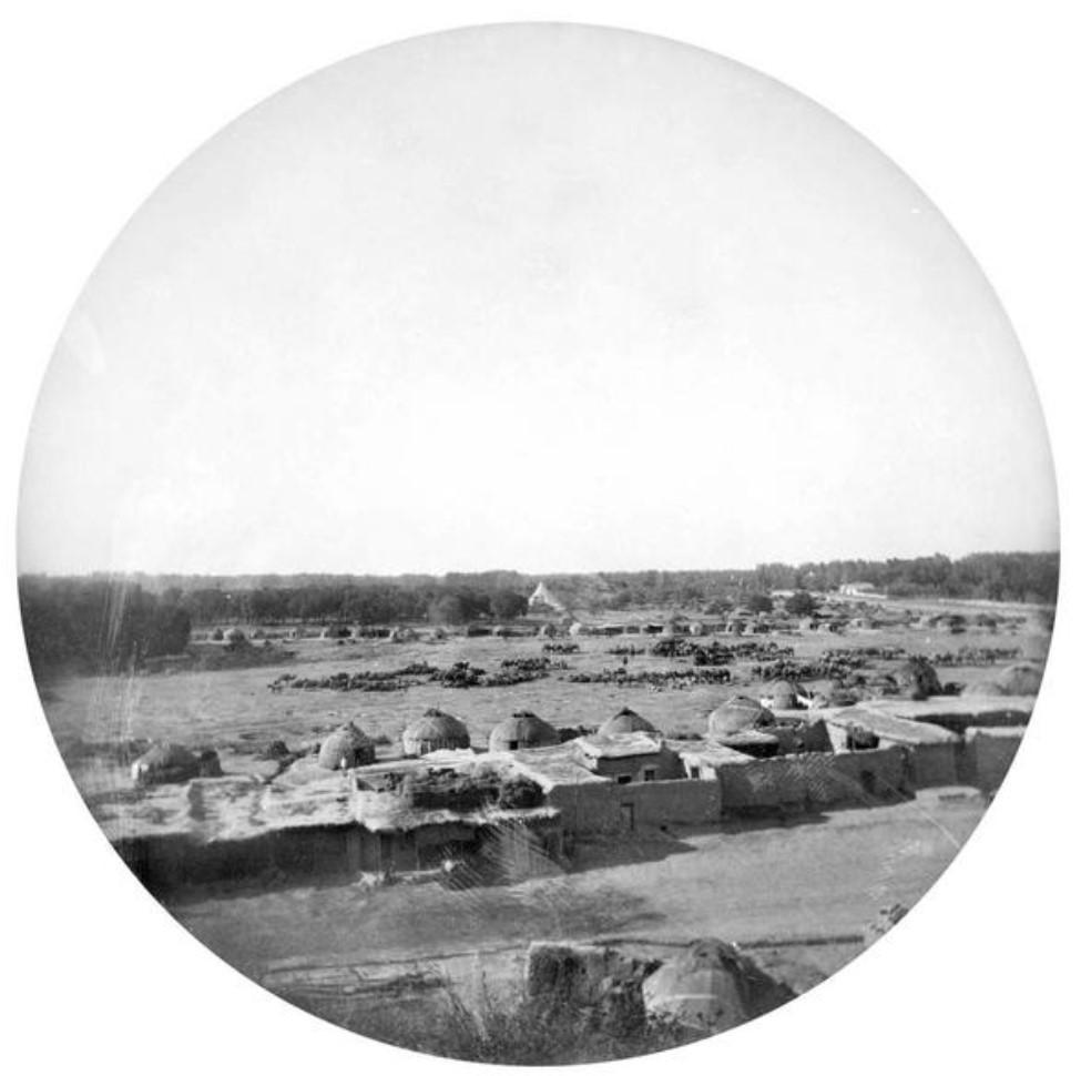 Окрестности Ташкента. Юрты и саманные постройки