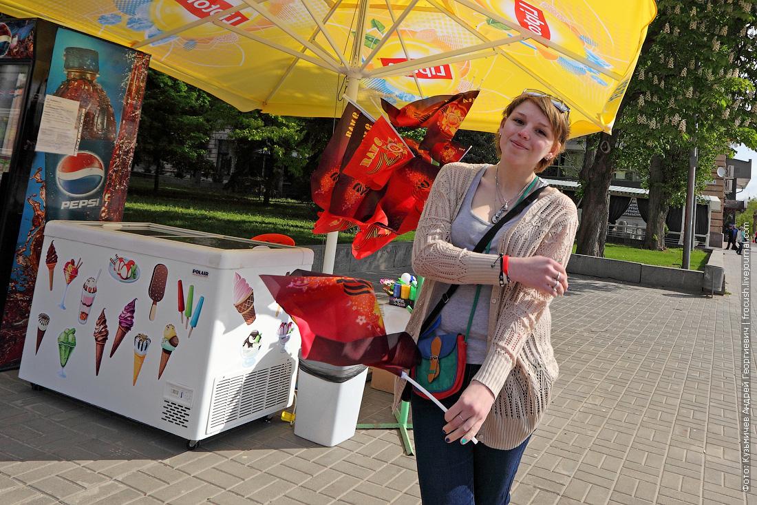 продажа сувениров ко Дню Победы в Волгограде