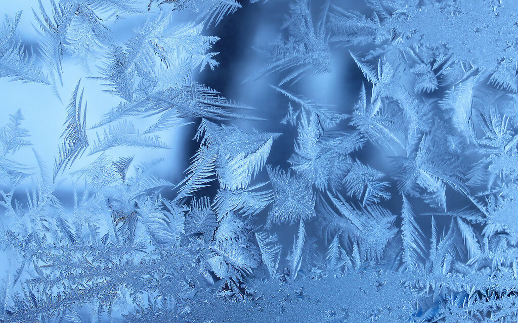 window_frost_winter_stuff_ultra_3840x2160_hd-wallpaper-158429.jpg