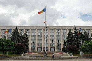 Парламент Молдовы могут распустить в отсутствии правительства