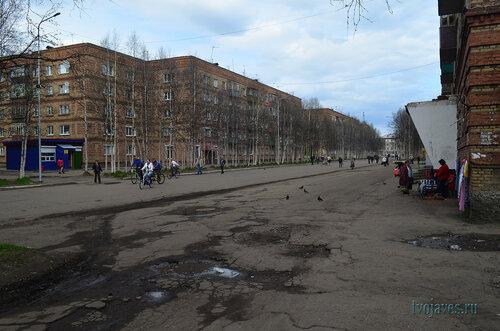 Фото города Инта №6894  Горького 4, 2 и 7 (магазин