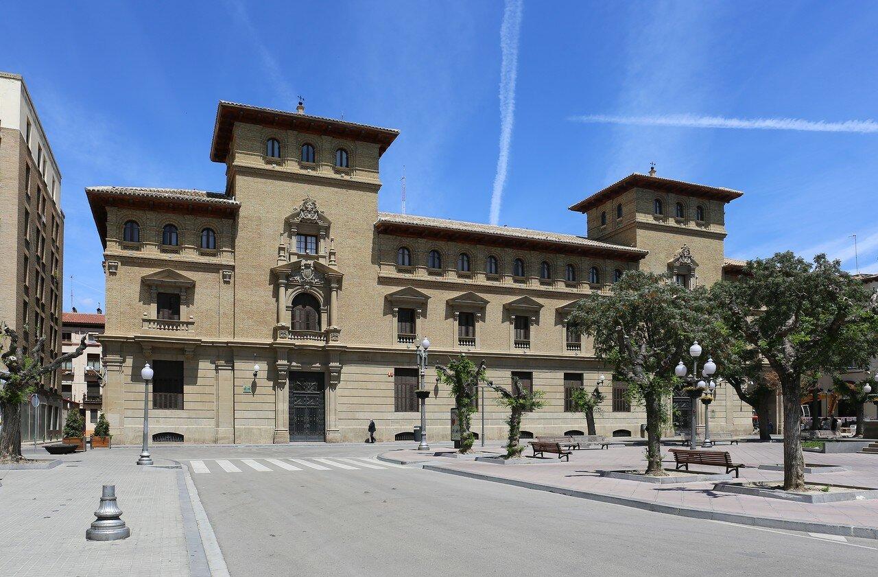 Huesca, Plaza de Navarra