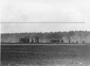 Артиллерийские стрельбы на полигоне.
