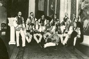 Выступление венгерского оркестра в ресторане Вена.