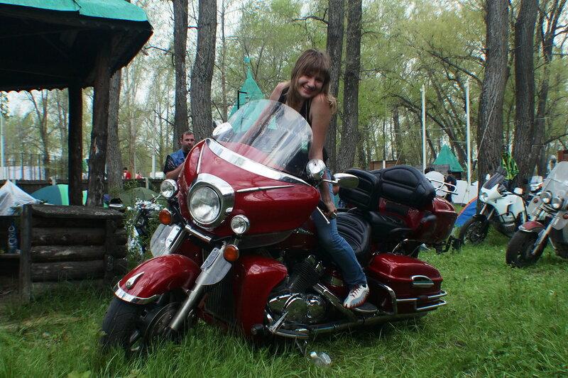 Фестиваль 'Правый берег', лагерь 'Ровесник', 10 мая 2014 года