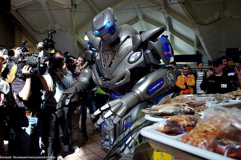 Весна. Даниловский. Робот Титан. 12.05.14.19..jpg
