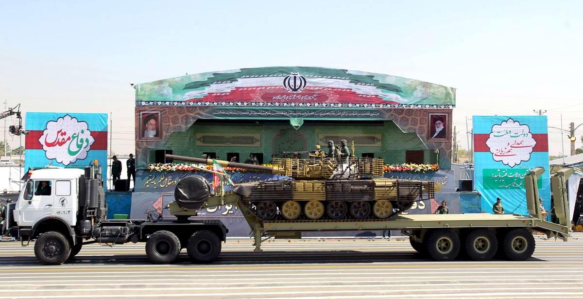К 35-летию с момента начала ирано-иракской войны: Военный парад в Тегеране (11)