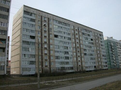 ул. Коммунаров 122