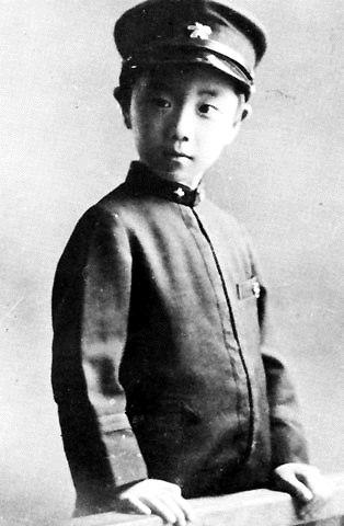 Юкио Мисима (статья об авторе)