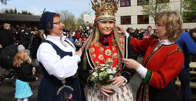 0 129474 f59a97f2 orig Свадебные наряды невесты в разных странах (головной убор)