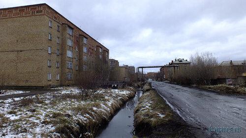 Фотография Инты №6775  Юго-восточный угол Дзержинского 1 23.05.2014_15:28
