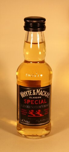 ????? Whyte & Mackay Special Blended Scotch Whisky