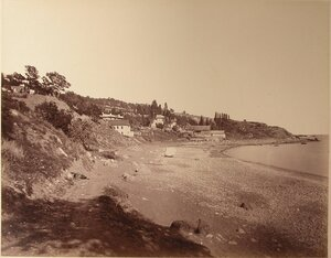 Вид жилых домов на побережье. Симеиз.