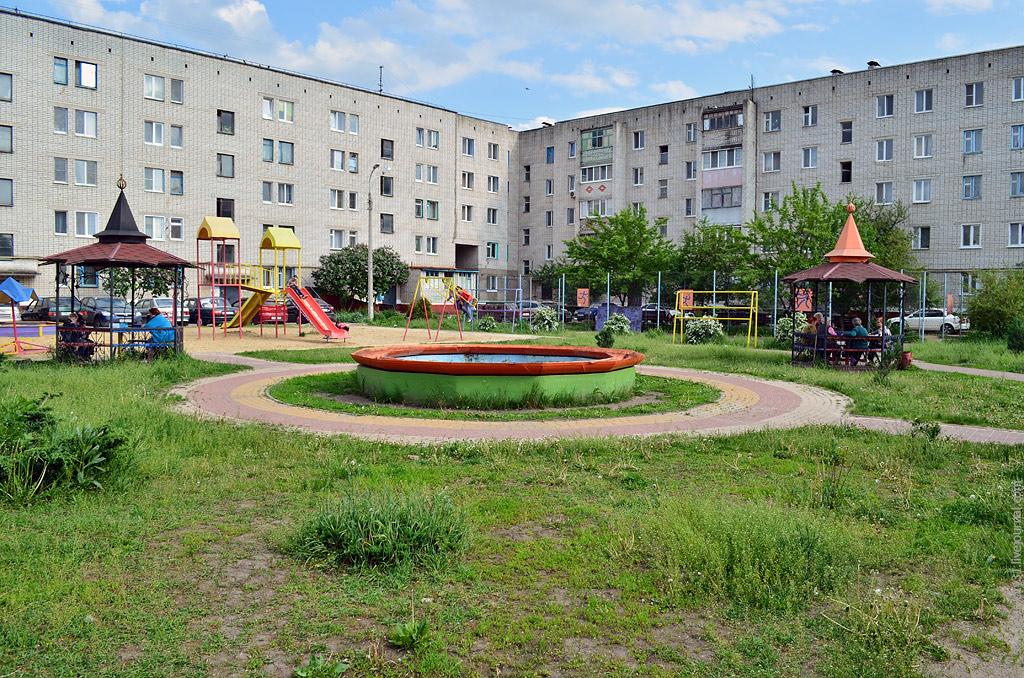 фонтан на ул. Макаренко, Белгород, фото Sanchess