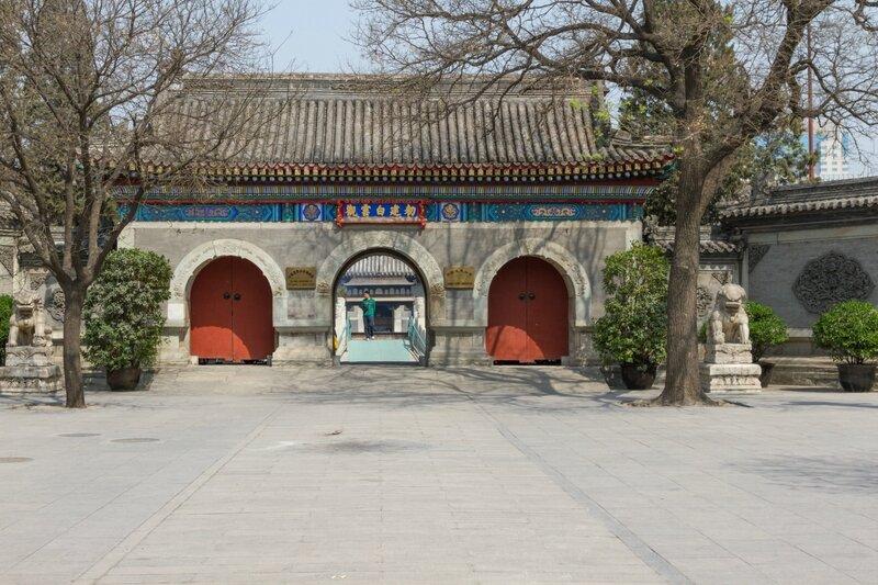 Ворота Шаньмэнь, храм Белого облака, Пекин
