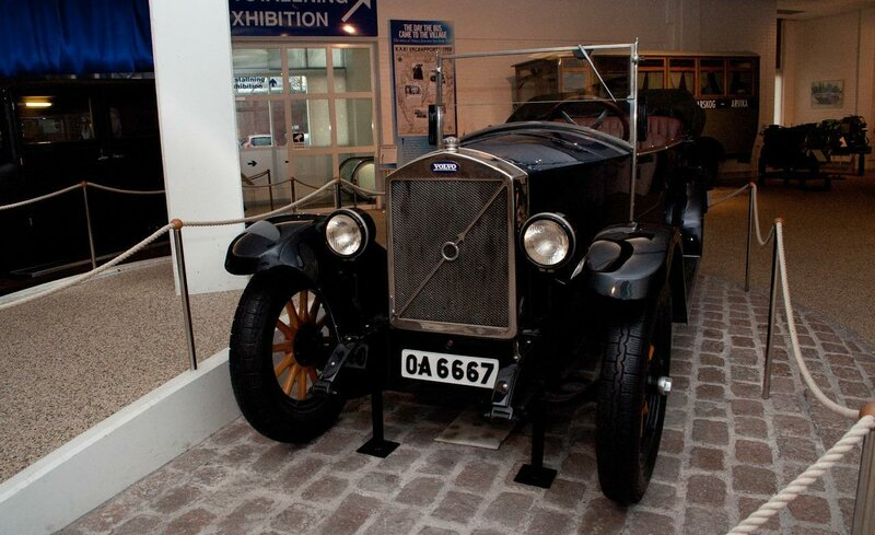 1927-volvo-ov4-nicknamed-ldquojakobrdquo-volvorsquos-iron-framed-first-car-cost-the-equivalent-of-10-years-of-wages-roughly-700-for-the-average-swede-only-275-were-sold-from-1927-to-1929-photo-452440-s-1280x782.jpg