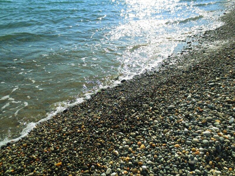 Майский пляж
