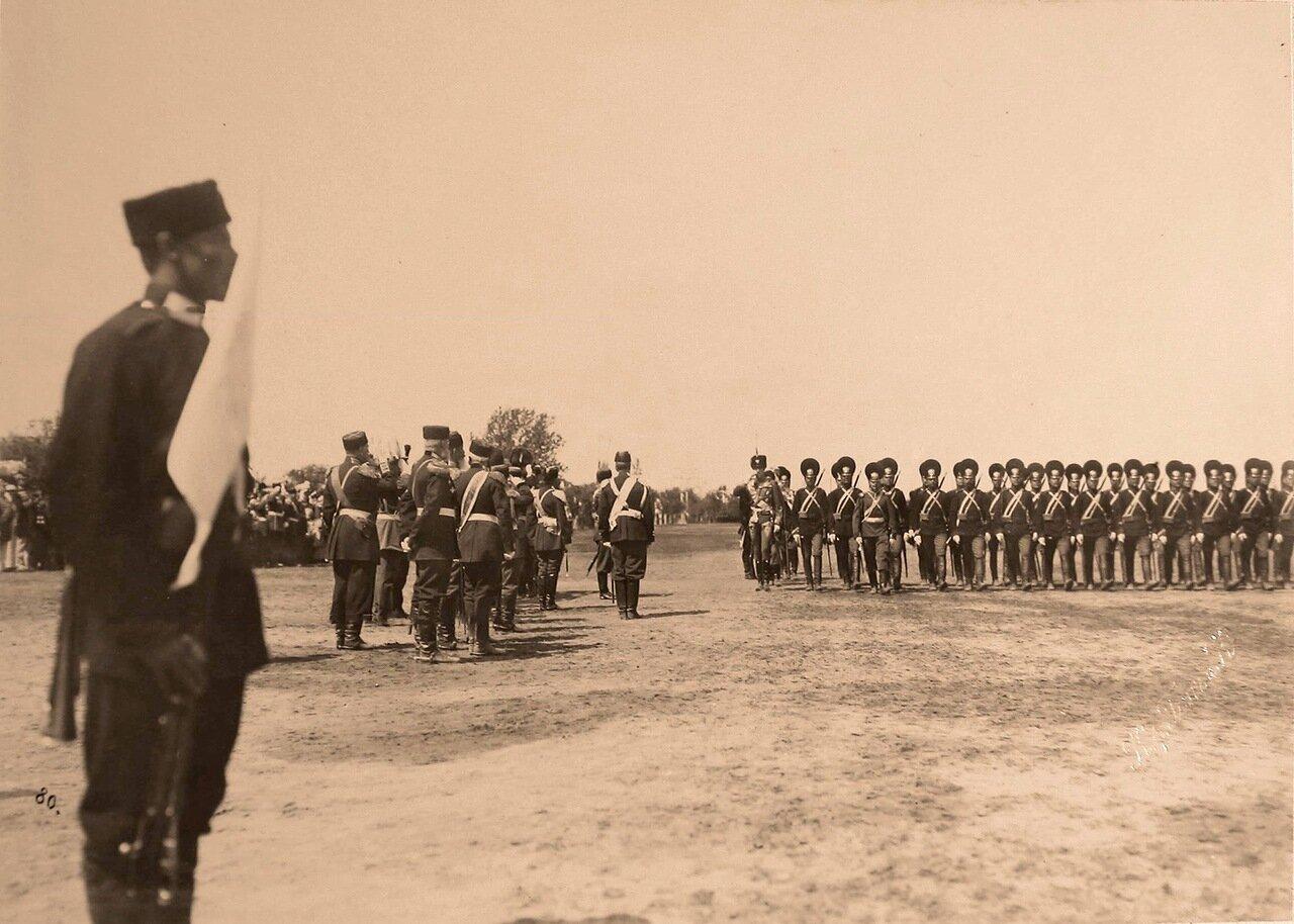 Прохождение драгунских частей церемониальным маршем во время парада на Ходынском поле