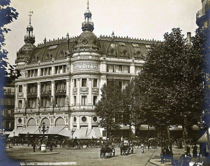 Les Grands Magasins du Printemps, en 1889.jpg