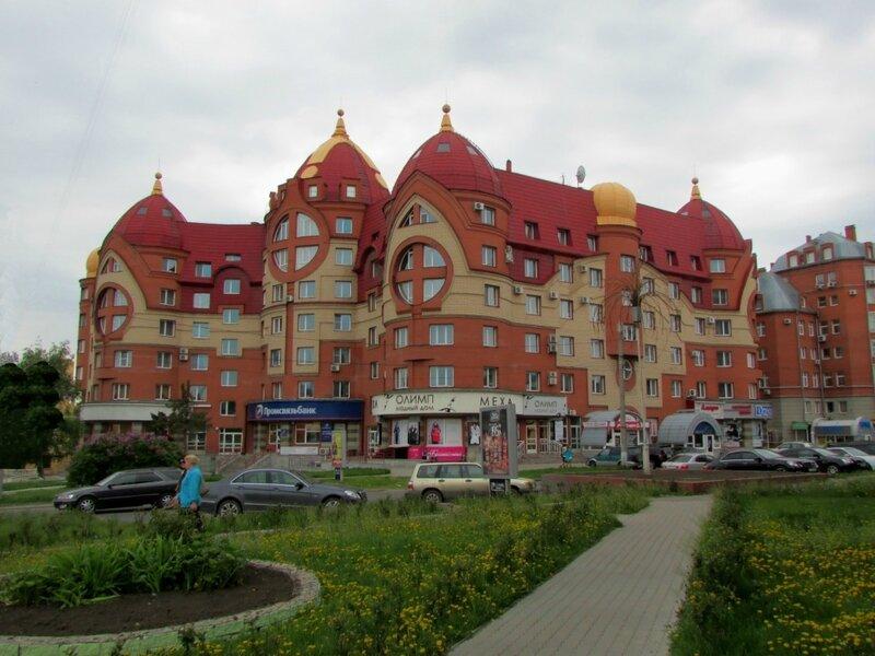 Три богатыря в Барнауле