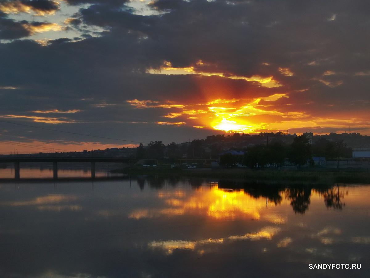 Вид на закат с нового моста
