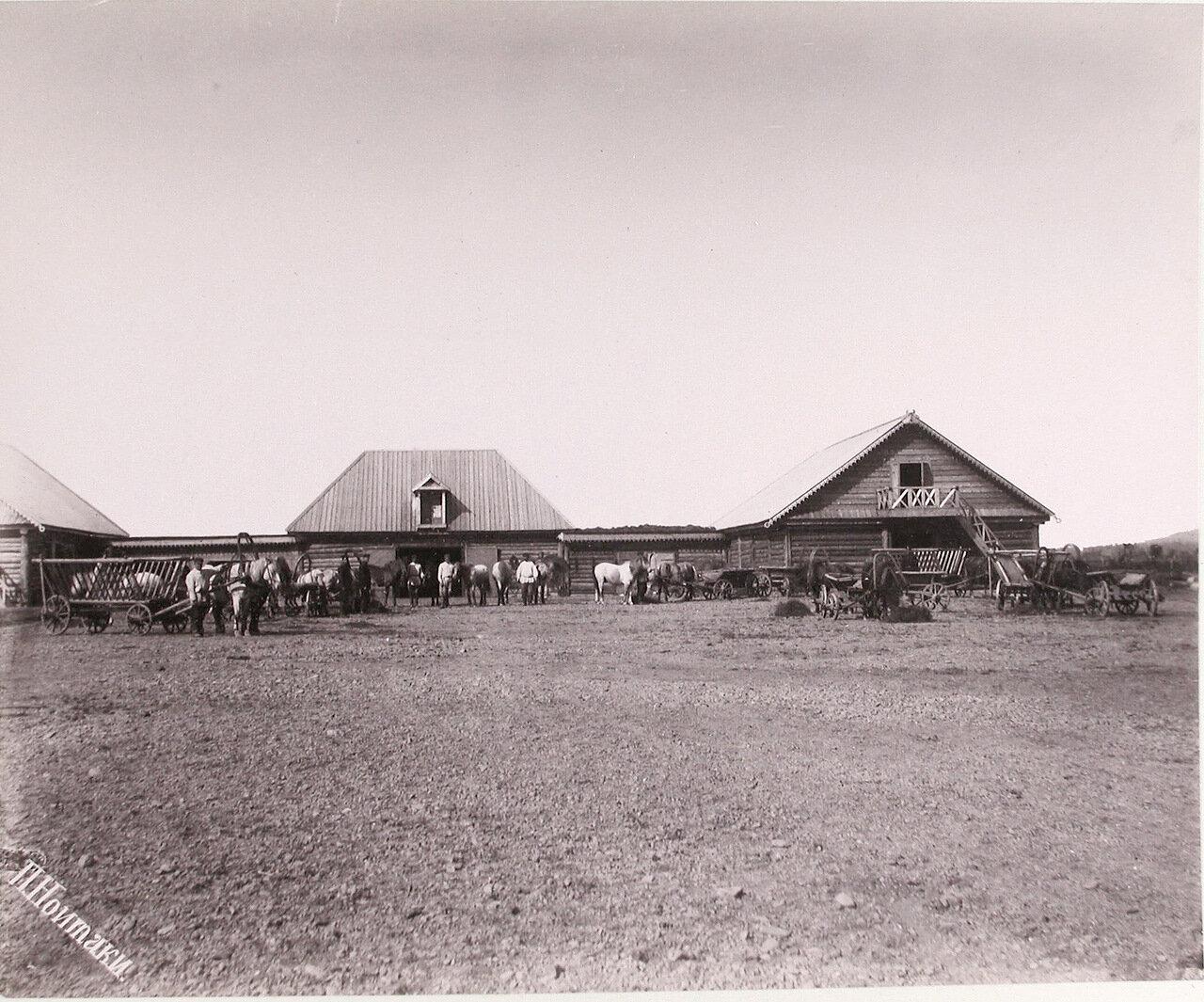 45. Скотный и конюшенный двор села Рыковское