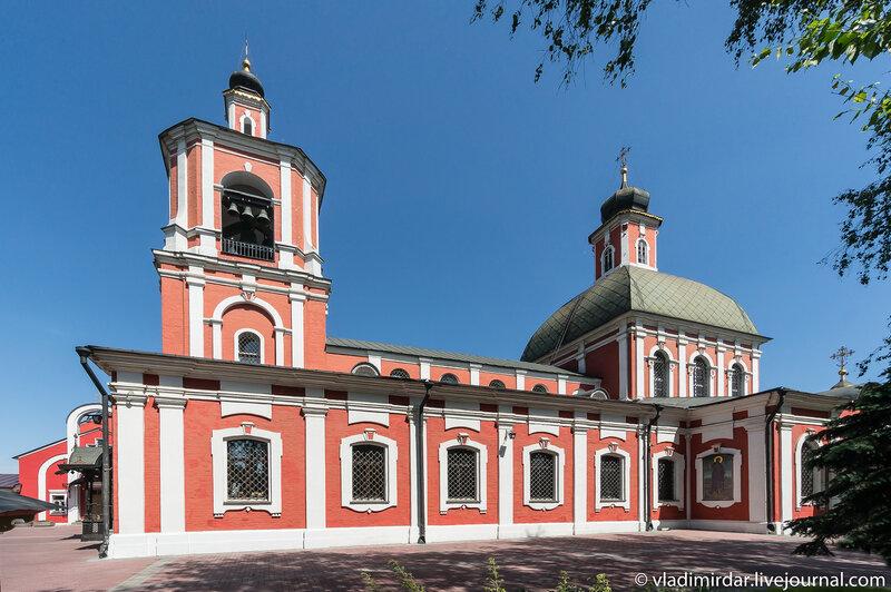 Храм иконы Божьей Матери Знамение (Трифоновская церковь)