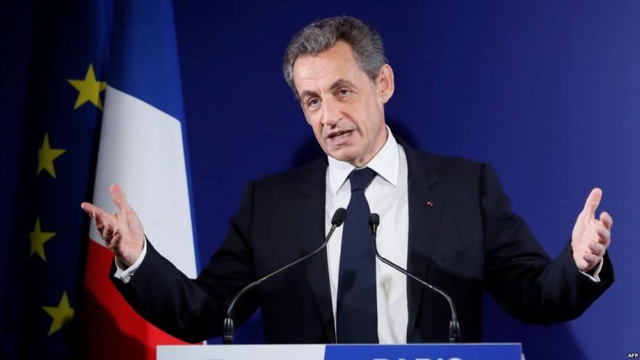 СМИ: во Франции Саркози освободили из-под стражи и предъявили обвинения