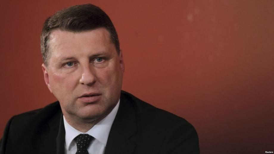 Президент Латвии утвердил переход среднего образования исключительно на латышский