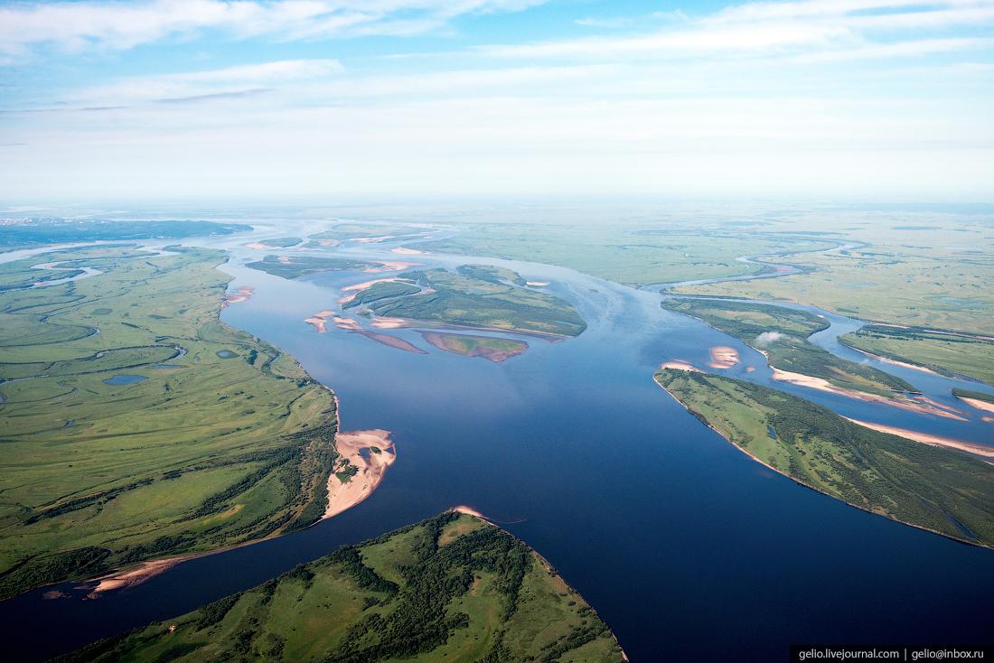 Река Лена. Фотографии из окна самолета