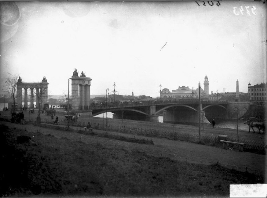 Бородинский мост 1917.jpg