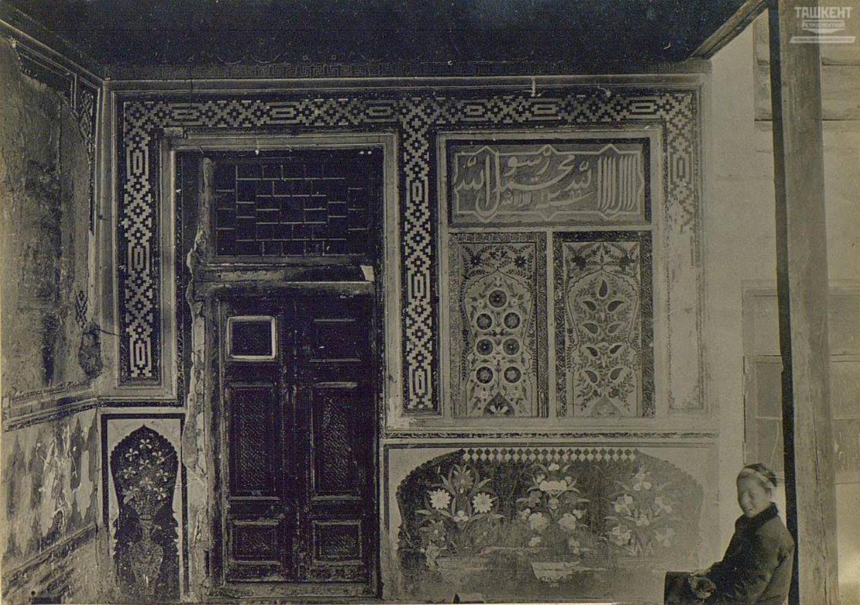 Роспись в частном доме