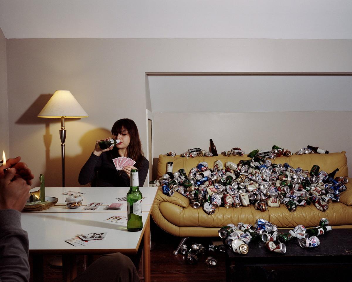 «Умышленное невежество»: фотограф завалил мусором дома друзей