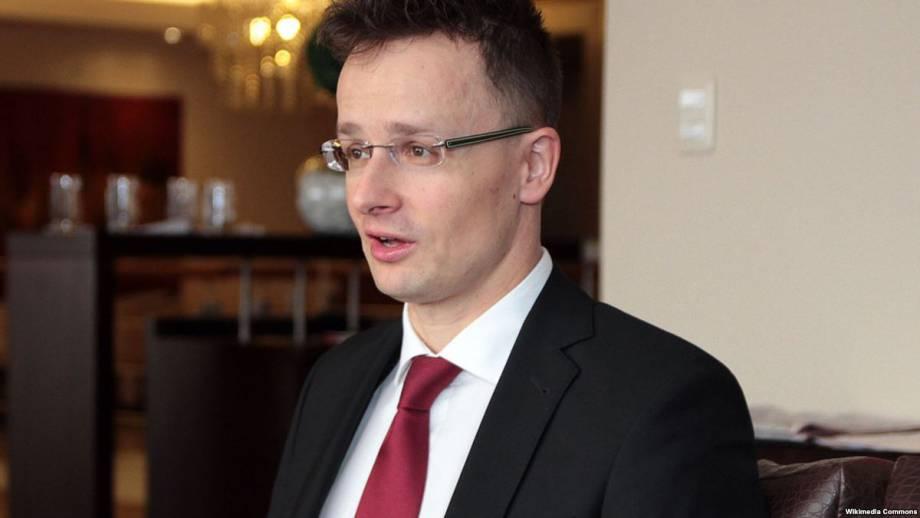Венгерский министр призвал НАТО не принимать ситуацию с законом Украины «Об образовании»