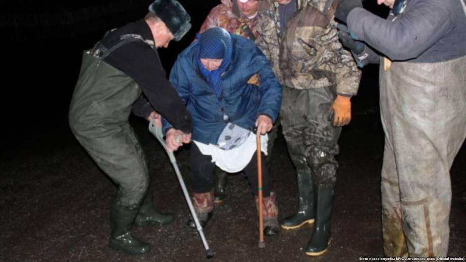 Россия: более тысячи человек эвакуировали в Алтайском крае из-за наводнения