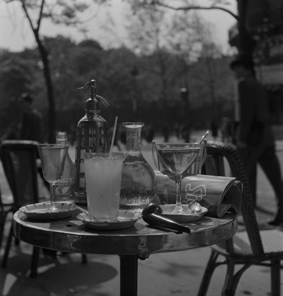 12. Аперитив 1942 года, фруктовый сок, апельсин, херес