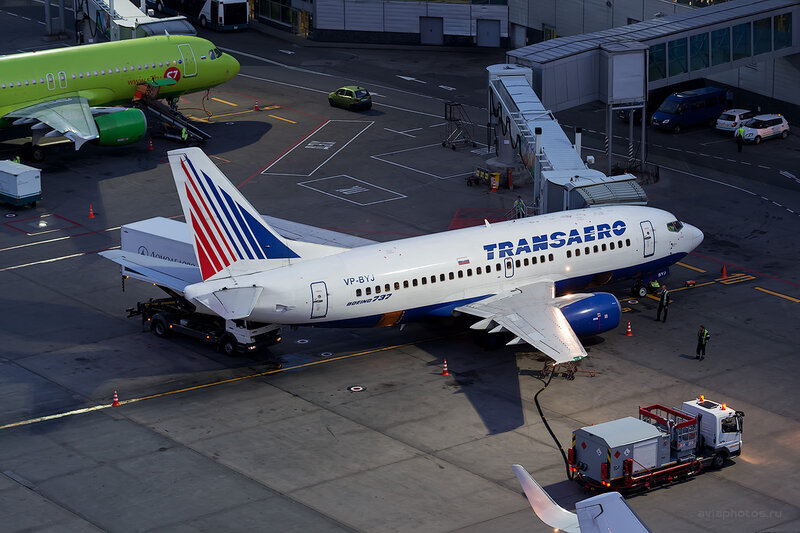 Boeing 737-524 (VP-BYJ) Трансаэро D804818