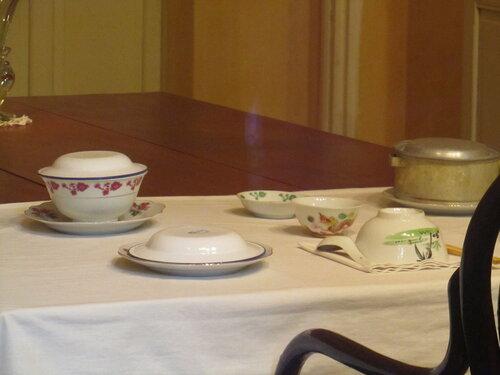 домик Хо внутри посуда.jpg