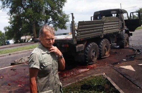 Счет убитым в Донецке пошел на сотни...
