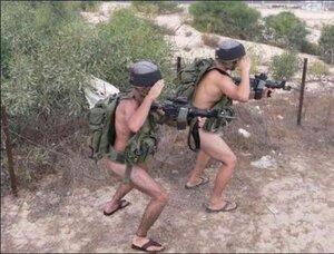 1311602291_hilarious_army_photos_55.jpg