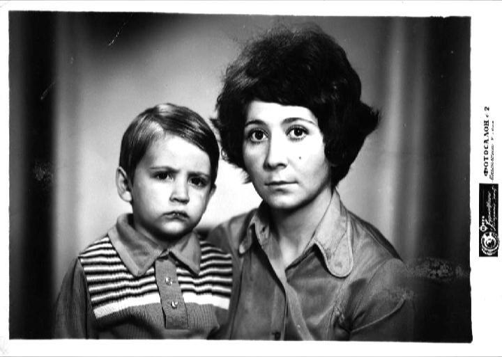 С мамой Валентиной Афанасьевной (29.05.2014)