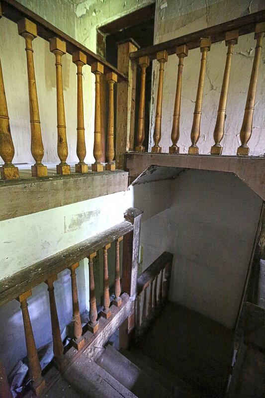 Лестница западного крыла