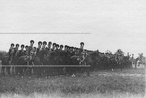 Парад в честь 250-летия Конно-гренадерского полка  .