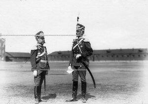 Командир полка генерал-майор, граф Ф.А.Келлер (слева) и полковник Е.Ф.Каяндер