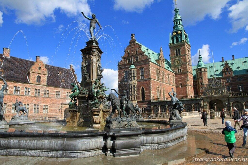 Замок Фредериксборг, фото