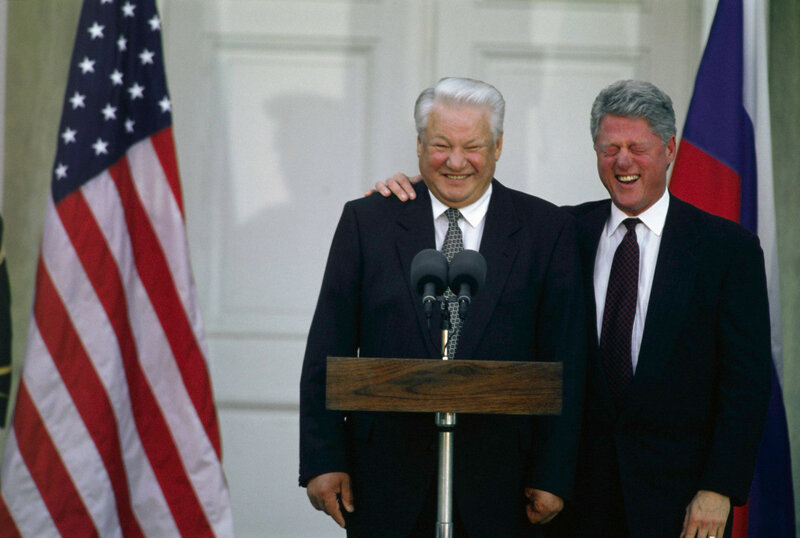 1995 Yeltsin at the Franklin Delano Roosevelt Library in Hyde Park NY2.jpg