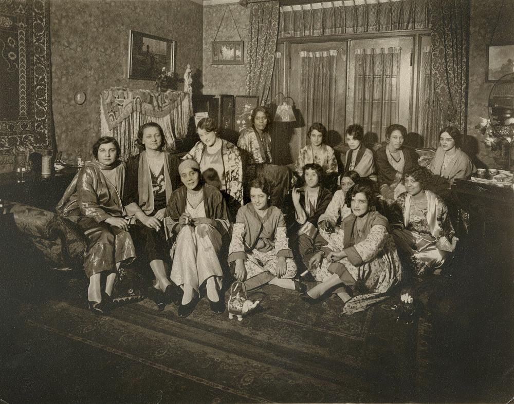 Polly Adler's brothel 1920s.jpg